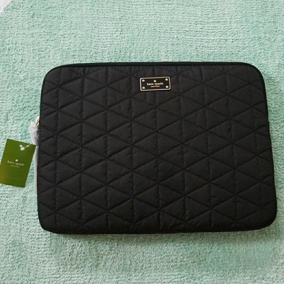 sports shoes 4b1ff 6743e NWT Kate Spade Blake Avenue Quilted Laptop Sleeve NWT